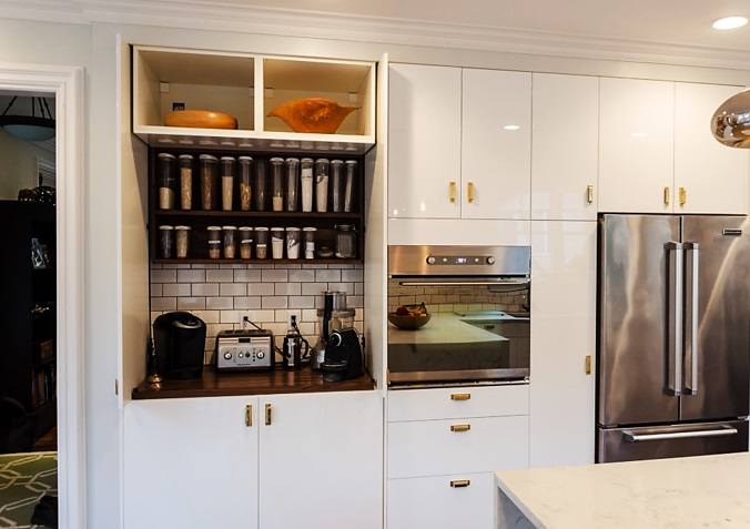 7 WAYS TO HAVE A STYLIST BEVERAGE CENTER KATE DWELL IN STYLE_CABINET